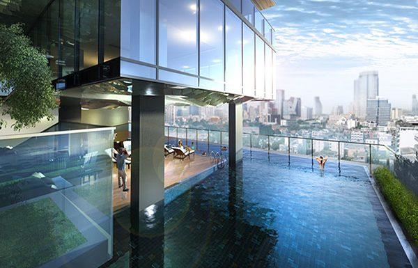 Circle-Sukhumvit-11-Bangkok-condo-swimming-pool